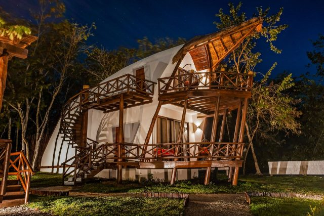 Bacalar eco luxury hotel